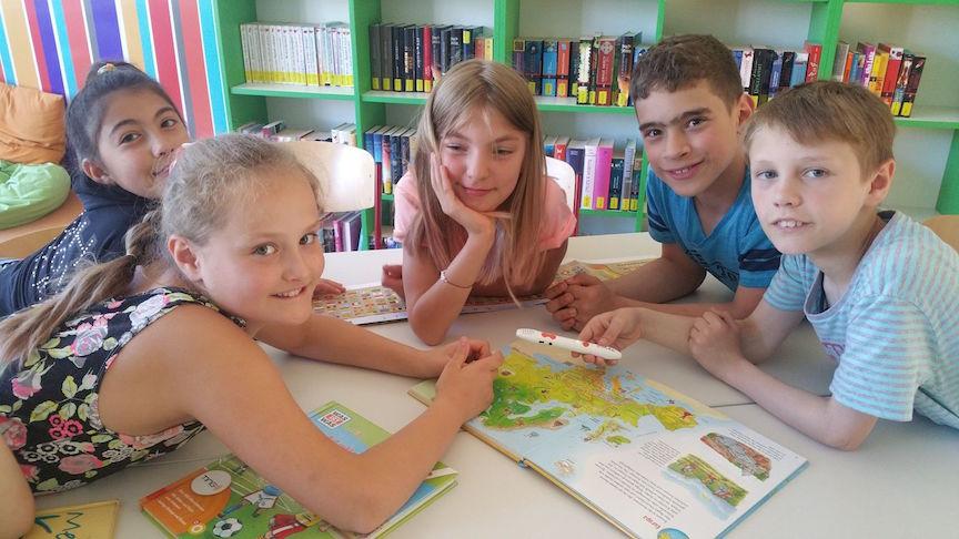 TING_Stift und Buch in der Gruppe